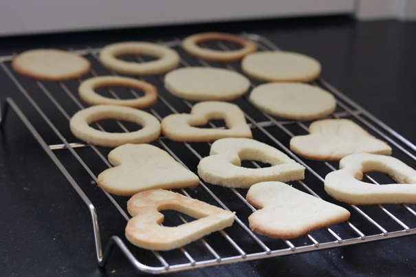 Cookies cooling - I Heart Jam Hearts