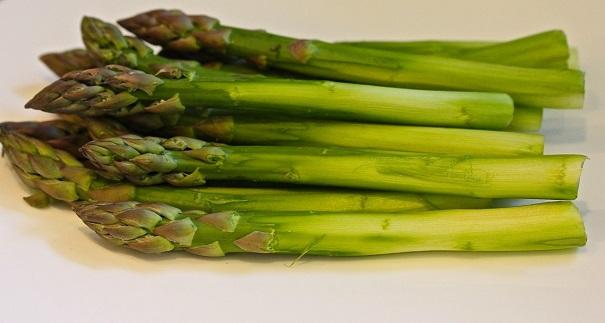 Laura Bush's Beef Tenderloin -asparagus