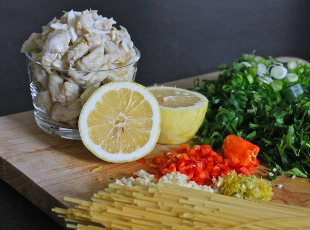 Linguine with Fresh Crab, Lemon & Parsley