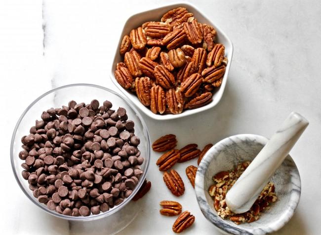 Chocolate Toffee Bark on Americas-Table.com